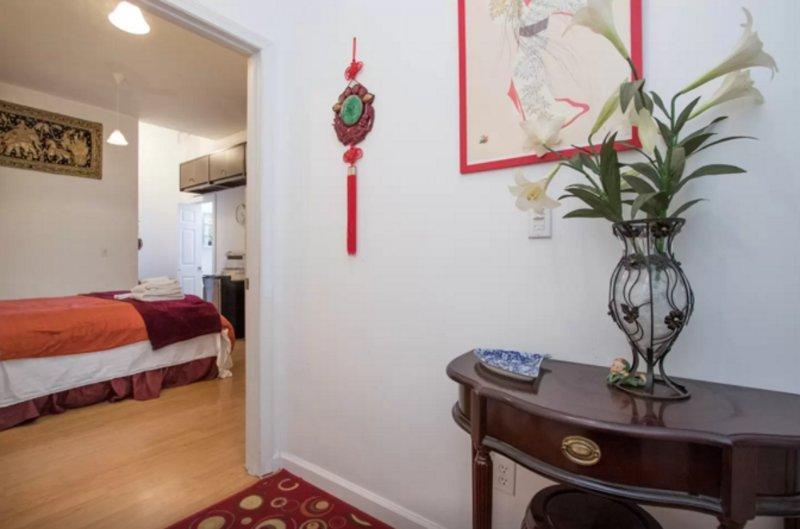COZY, CLEAN AND SPACIOUS 1 BEDROOM, 1 BATHROOM APARTMENT - Image 1 - Vallejo - rentals