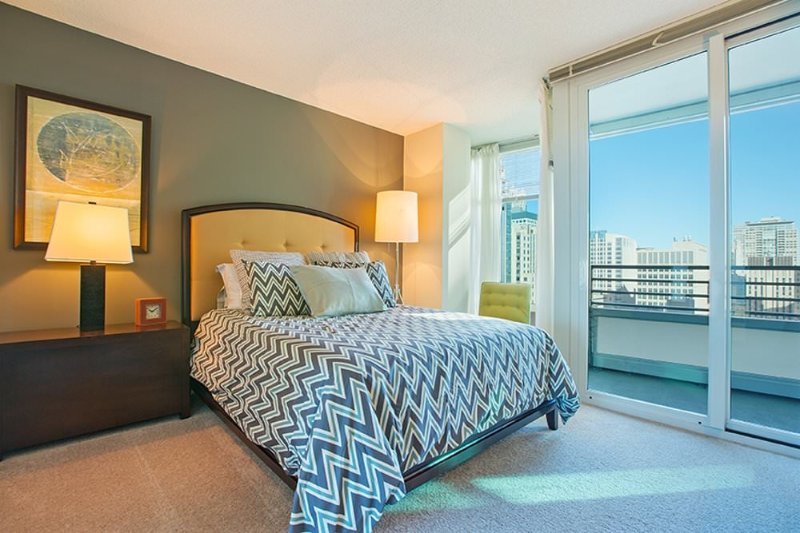 Furnished 2-Bedroom Apartment at E Ohio St & N Fairbanks Ct Chicago - Image 1 - Chicago - rentals