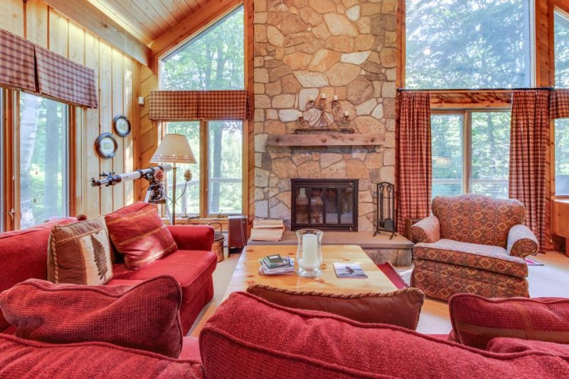 Scenic chalet w/private sauna & close to golfing & skiing! - Image 1 - Bondville - rentals