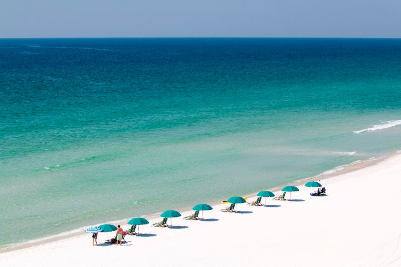 """Decked Out: """"Grove by the Sea"""" of Seagrove Beach - Image 1 - Seagrove Beach - rentals"""