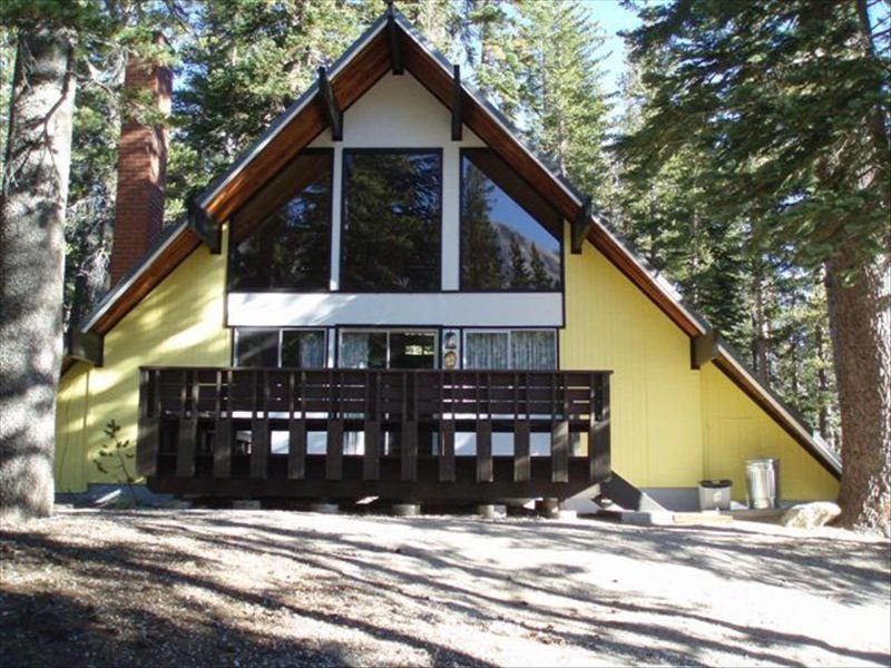 Ski In/Ski out Slope side cabin - Chalet #12 - Image 1 - Mammoth Lakes - rentals