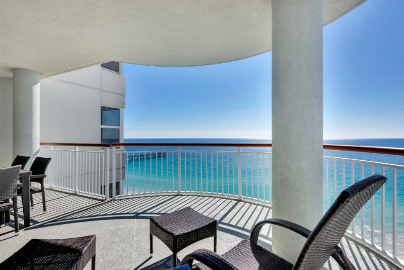 Oceanfront condo with sweeping views, jetted tub, shared tennis and pool! - Image 1 - Navarre Beach - rentals