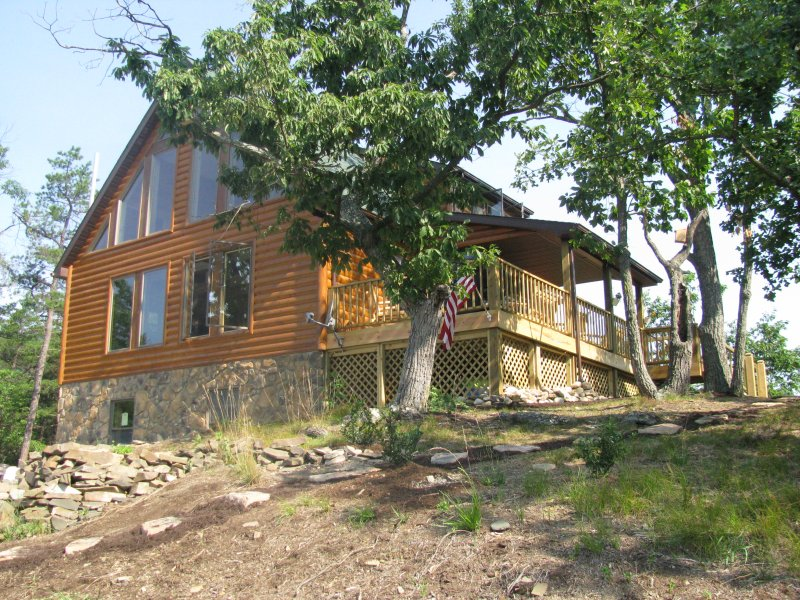 Bear's Den- Private & Cozy - WV Cabin-Dogs Welcomed-Hot tub-Private - Petersburg - rentals