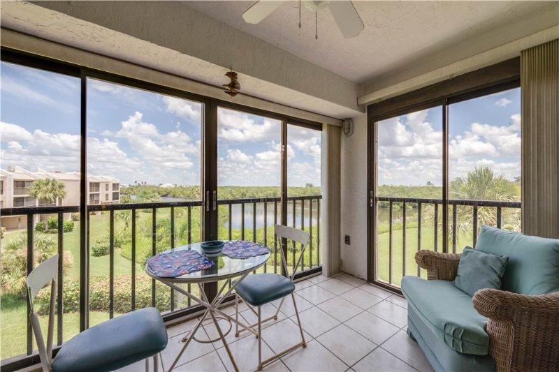 Bay Village 217, 2 Bedrooms, Elevator, Heated Pool, Tennis,Sleeps 4 - Image 1 - Fort Myers Beach - rentals