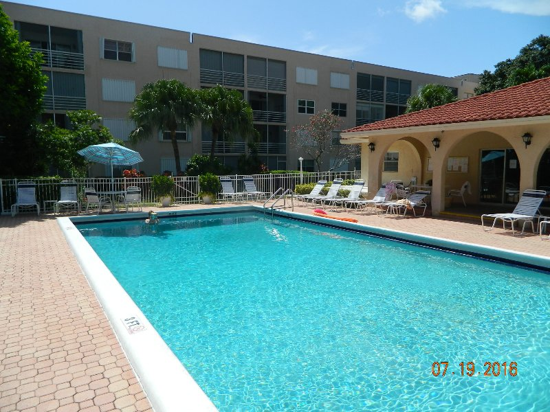 Sensational 5 STAR Condo on the beach Near Fort Lauderdale !!! - Image 1 - Pompano Beach - rentals