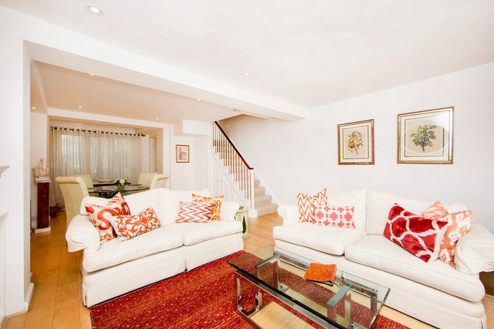 Stylish mews house 2min from Notting Hill Gate station - Image 1 - London - rentals