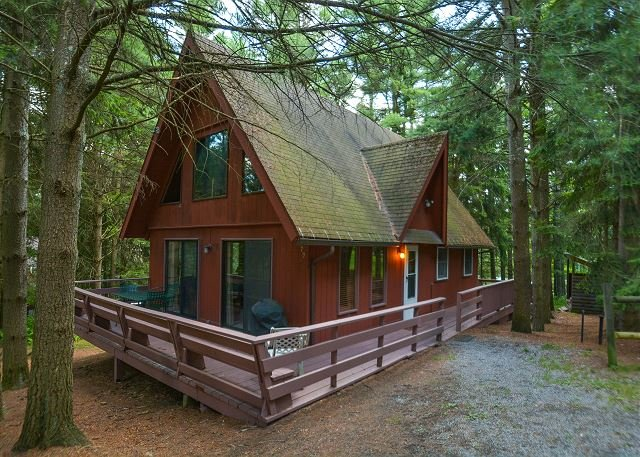 Exterior - Charming mountain chalet in peaceful setting with hot tub! - Swanton - rentals