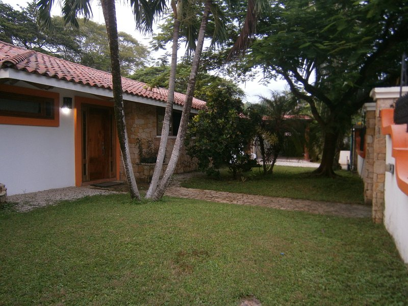Luxory villa almost front of the ocean 5 bedrooms - Image 1 - Playa Samara - rentals