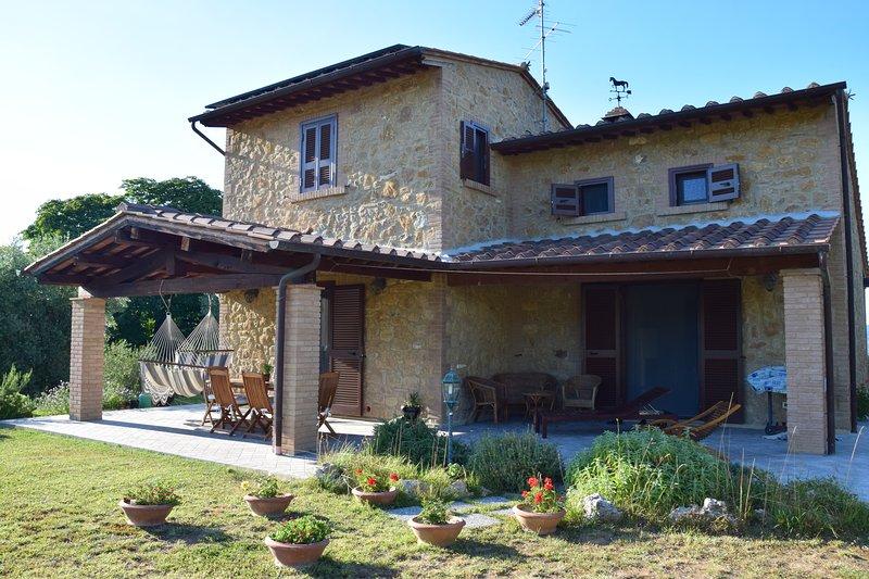 Tuscan home in Etruscan landscape - Image 1 - Volterra - rentals