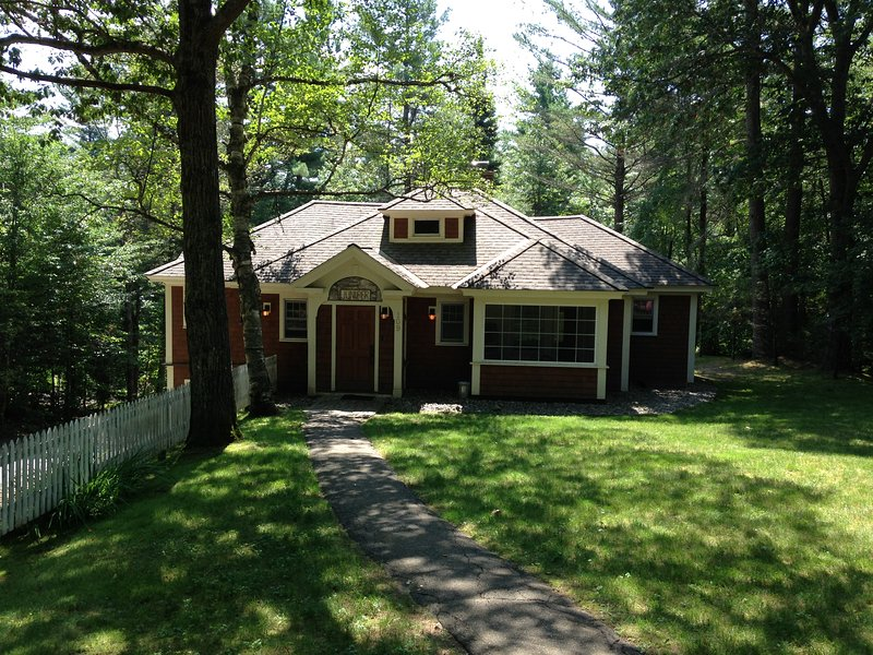 Historic Juniper Cottage...walking distance to village with a private setting. - Historic Juniper Cottage at Lake Placid Club - Lake Placid - rentals
