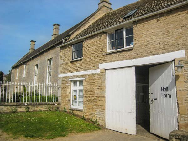 ARCHWAY APARTMENT, open plan living area, romantic, WiFi, nr Stamford, Ref - Image 1 - Stamford - rentals