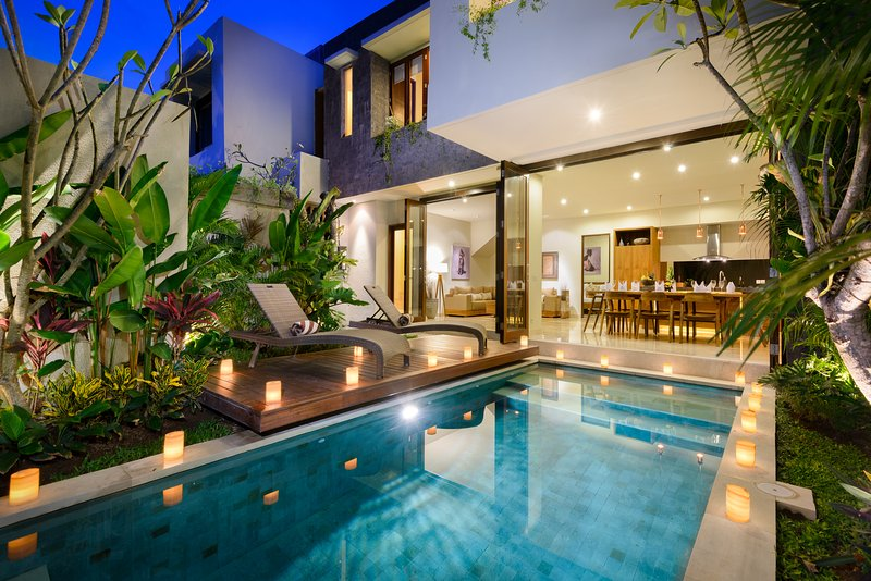 VILLA MARIA, 4 BEDROOM, WALK TO DOUBLE SIX BEACH - Image 1 - Legian - rentals