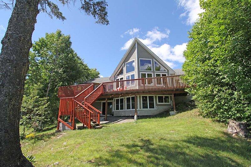 Whitestone Lake Gem cottage (#1097) - Image 1 - Dunchurch - rentals