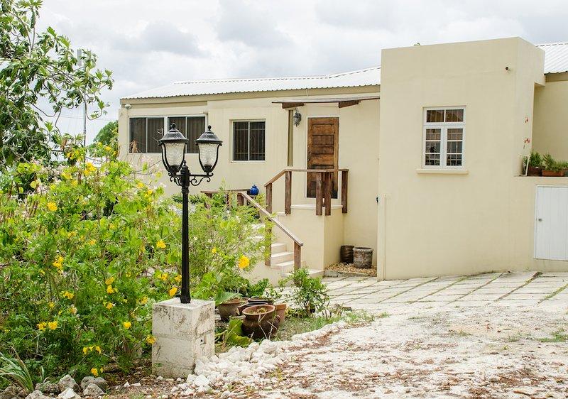 Ena Apt - Image 1 - Fitts Village - rentals