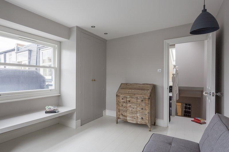 One Fine Stay - Edenvale Street - Image 1 - London - rentals