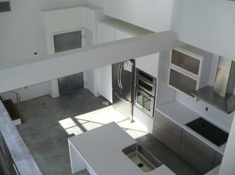 Furnished 1-Bedroom Loft at Burton Way & S Holt Ave Los Angeles - Image 1 - Los Angeles - rentals