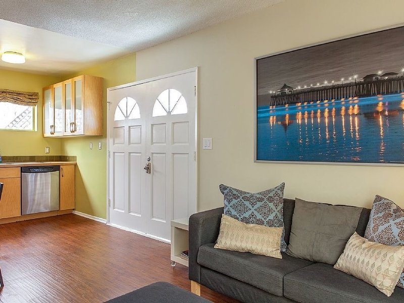 Lovely Studio Apartrment in Venice - Walk to the Beach - Image 1 - Marina del Rey - rentals