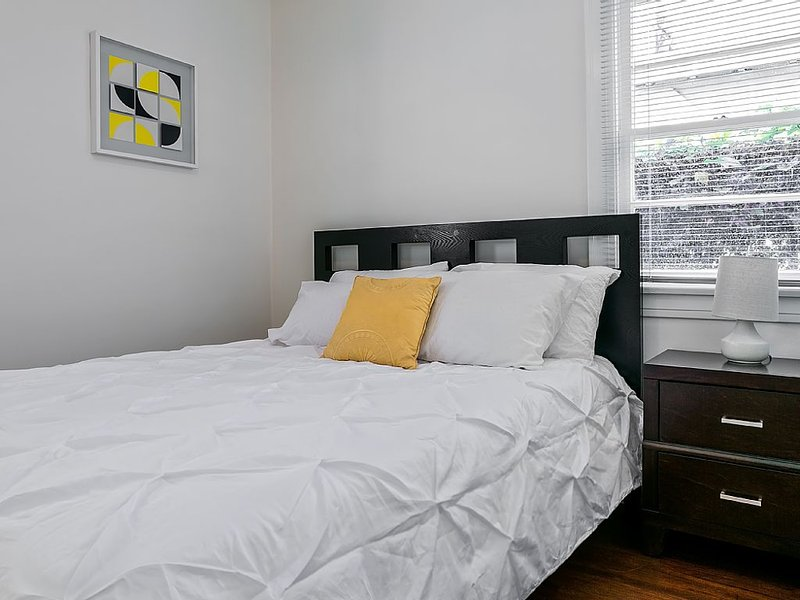 GORGEOUS AND FURNISHED 2 BEDROOM HOME - Image 1 - Los Angeles - rentals