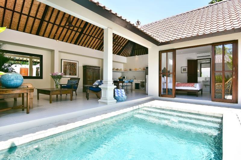 2 Bedroom Villa 5 mins to Seminyak Center> - Image 1 - Seminyak - rentals