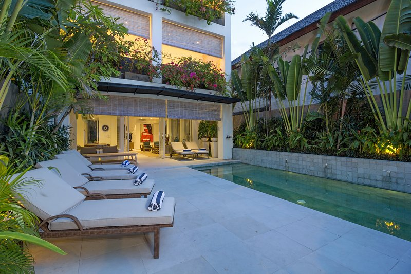 Levi, luxury 4 bed villa, A/C interior, Seminyak - Image 1 - Kerobokan - rentals