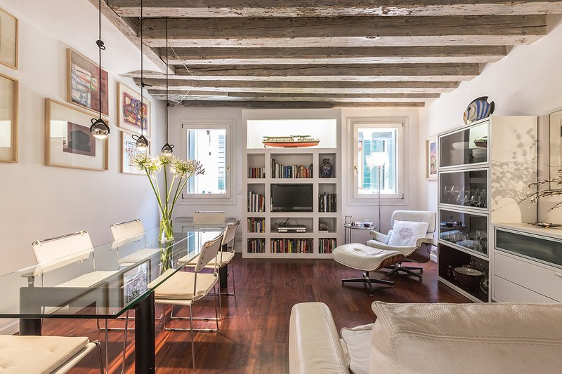 Foscarina stylish living room - Foscarina - Venice - rentals