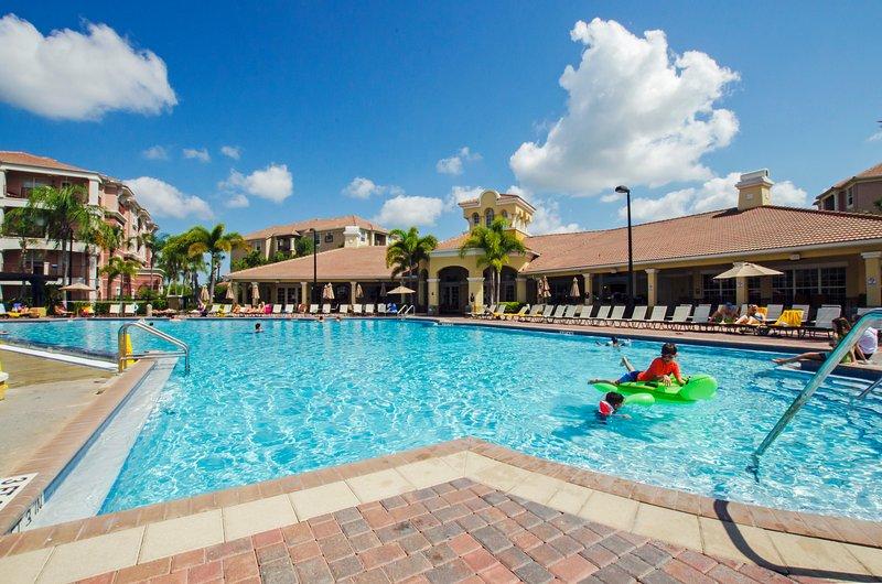 Vista Cay Lakeview Condo 3 bed/2 bath (#3087) - Image 1 - Orlando - rentals