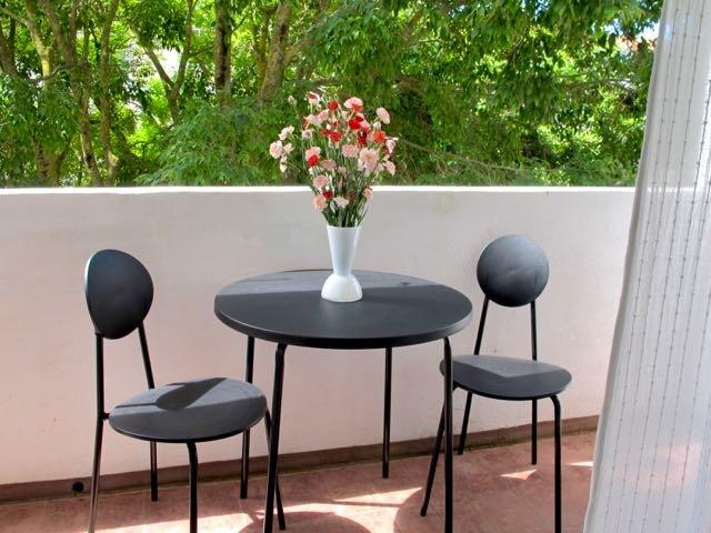 Lisbon Coast Apartment - Image 1 - Parede - rentals
