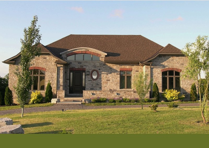 LOYALIST HOUSE - LOYALIST HOUSE Luxury home, Pool Table, Movie Room - Picton - rentals