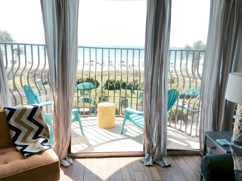 Oceanfront View - Palms - Luxury - Newly Renovated ! Oceanfront 3BR - Myrtle Beach - rentals