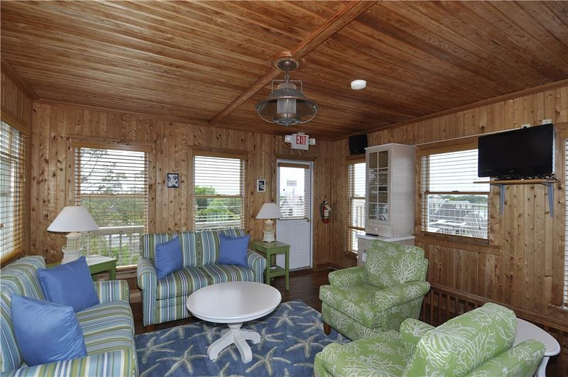 Lighthouse Suite - Image 1 - Ocracoke - rentals
