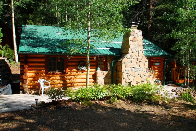 Cabin By The Creek - Log Cabin by Bittercreek, Great Deck, Fire Pit, Picnic Area, Hammock - Image 1 - Red River - rentals