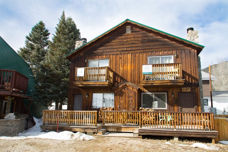 Claim Jumper A-Frame #4 - Duplex In Town, Ski In/Out, On the River, Near Ponds, WiFi, Washer/Dryer - Image 1 - Red River - rentals