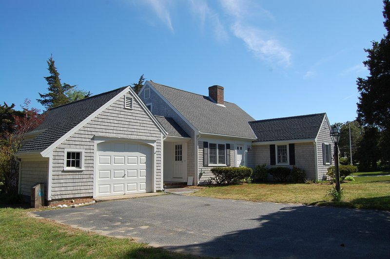Front - 2 Cove Rd - Walking Distance to Grand Cove-ID#825 - Dennis - rentals