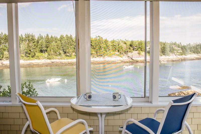 LONGVIEW ON PIG COVE | SOUTHPORT, MAINE | PET FRIENDLY | PRIVATE | DEEPWATER DOCK AND FLOAT | SPECTACULAR OCEAN VIEWS | COTTAGE CONNECTION OF MAINE | - Image 1 - Capitol Island - rentals