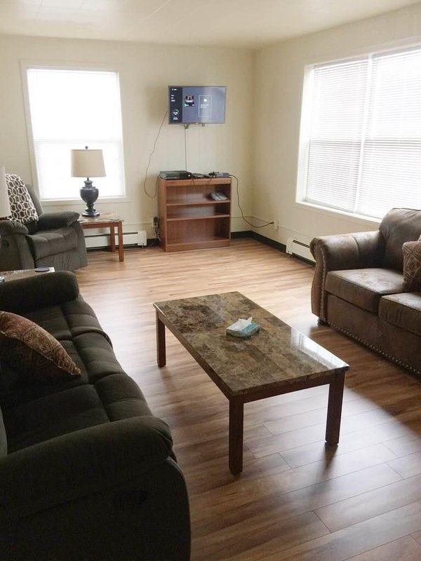 Comfortable Living Room - 321 Lincoln # 1 - Sitka - rentals