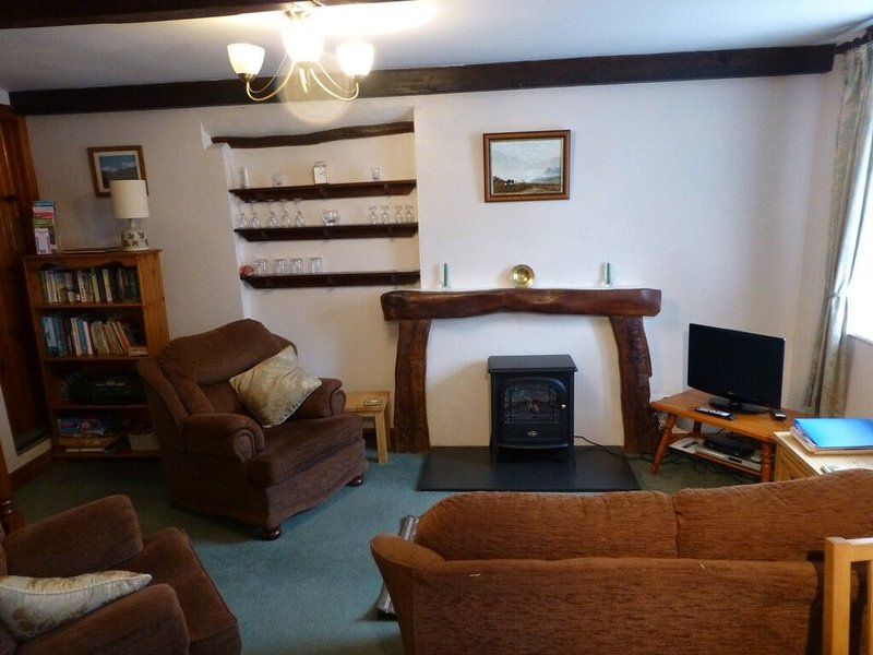 FELLSIDE COTTAGE, Coniston, South Lakes - Image 1 - Coniston - rentals