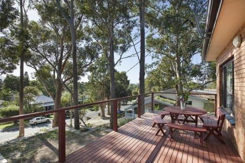 The Tree House By Sea - Woonona Beach - Image 1 - Woonona - rentals
