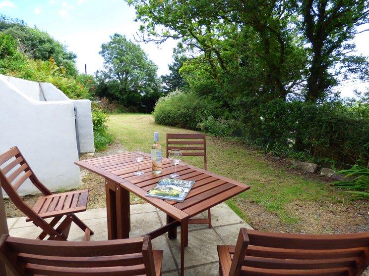 Middle Hill Cottage - Image 1 - Amroth - rentals