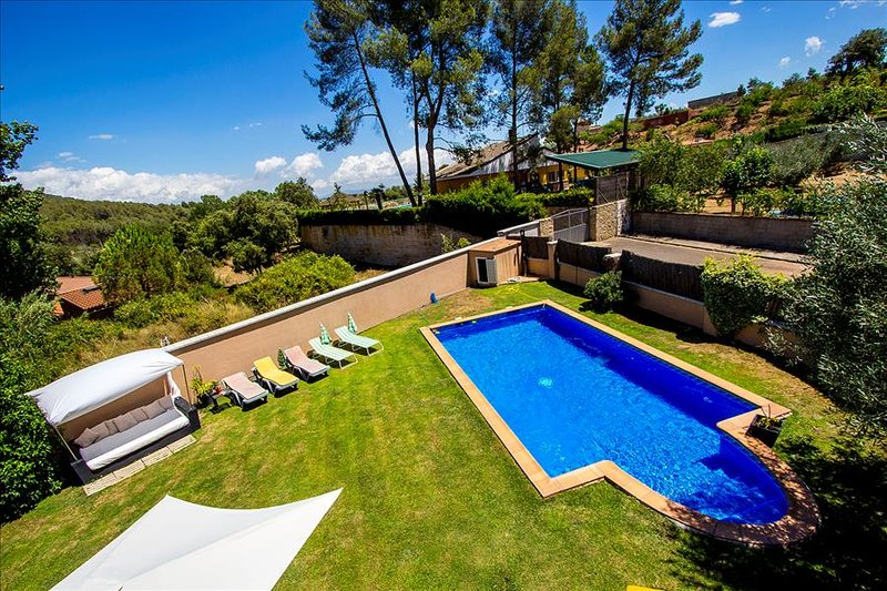 Five-bedroom villa in Can Vinyals, nestled in the hills between Barcelona and - Image 1 - Sentmenat - rentals