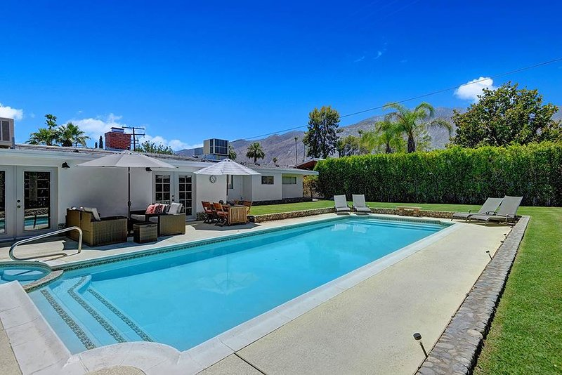 Sunset Lounge - Image 1 - Palm Springs - rentals