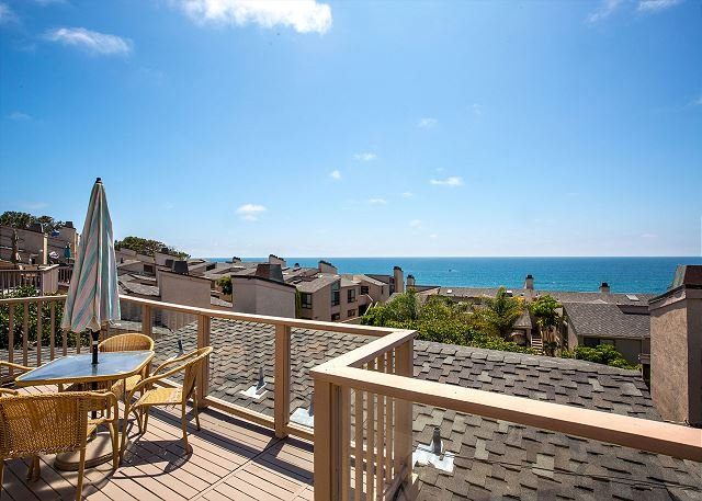 2 Bedroom, 2 Bathroom Vacation Rental in Solana Beach - (SUR35) - Image 1 - Solana Beach - rentals