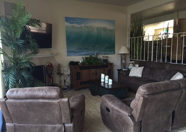 Living Room - 3 Bedroom, 2 Bathroom Vacation Rental in Solana Beach - (DMBC154NS) - Solana Beach - rentals