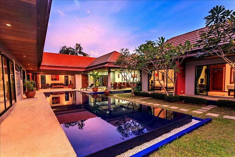 五间卧室泳池别墅 Villa & private pool in Nai Harn for 10 guests - Image 1 - Rawai - rentals