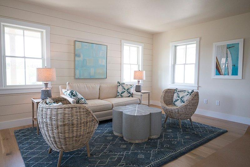2 Thistle Way - Image 1 - Nantucket - rentals
