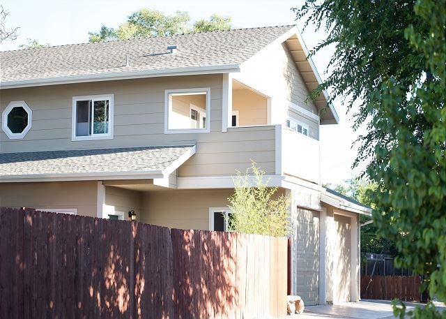 Olive Alley--Pleasant Paso Robles Home Away From Home - Image 1 - Paso Robles - rentals