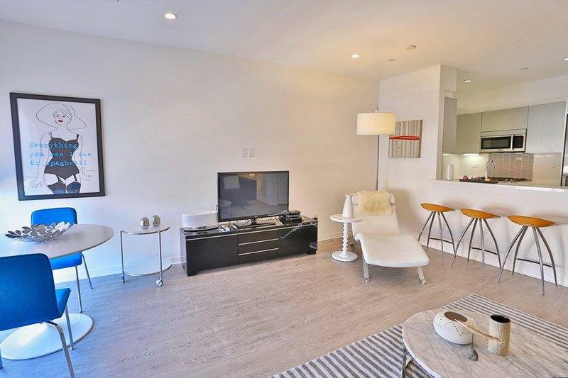 STUNNING LUXURY 2 BEDROOM APARTMENT IN WEST SIDE LOS ANGELES - Image 1 - Westwood  Los Angeles County - rentals