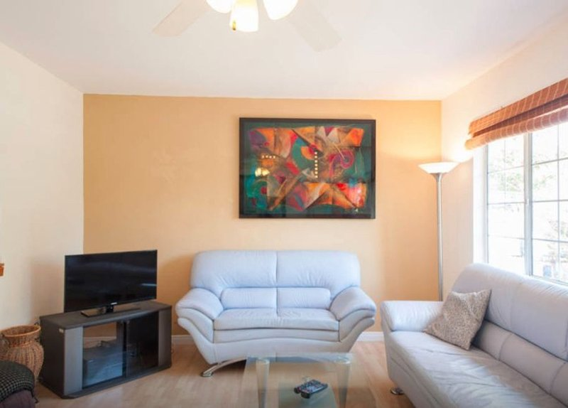 2 Bedroom, 1 Bathroom Beauty Near The Beach - Image 1 - Venice Beach - rentals