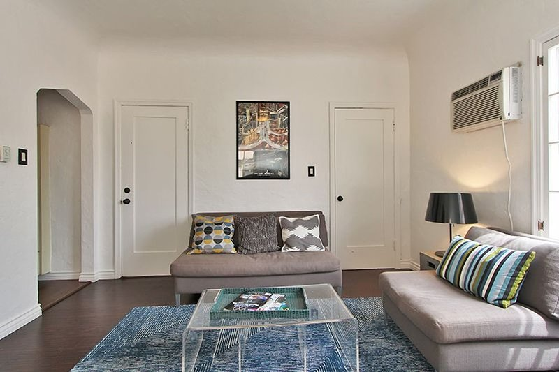 BEAUTIFUL UPDATED BEVERLY HILLS STUDIO - Image 1 - Beverly Hills - rentals