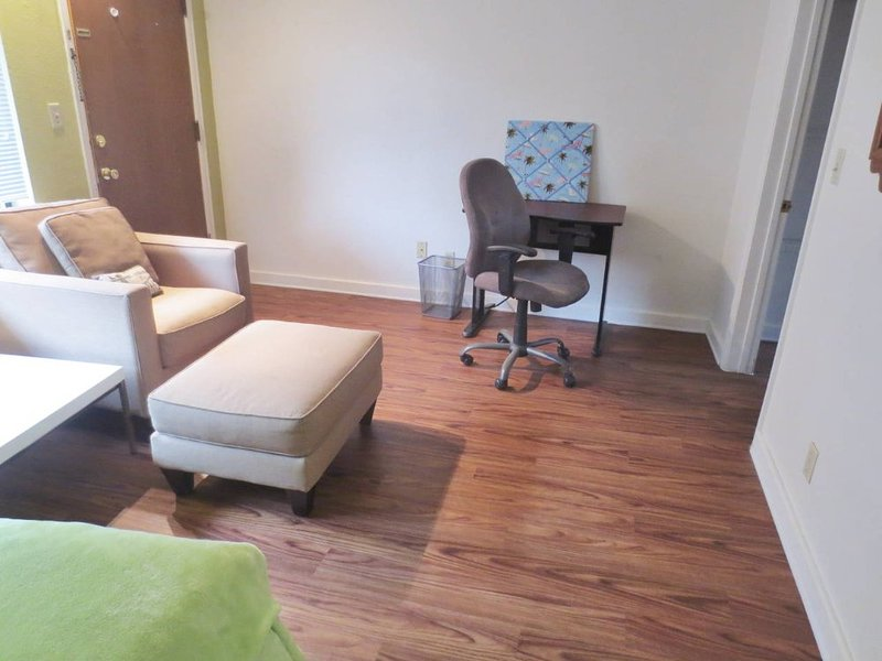 Furnished Studio Apartment at 11th Ave NE & NE 42nd St Seattle - Image 1 - Seattle - rentals
