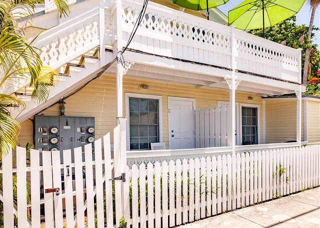 Seabreeze is located on Whitehead St just 1 block from Duval St and a few blocks from the nearby beach - SEA BREEZE  - Island Style Key West Condo - A Parrot Head's Paradise! - Key West - rentals
